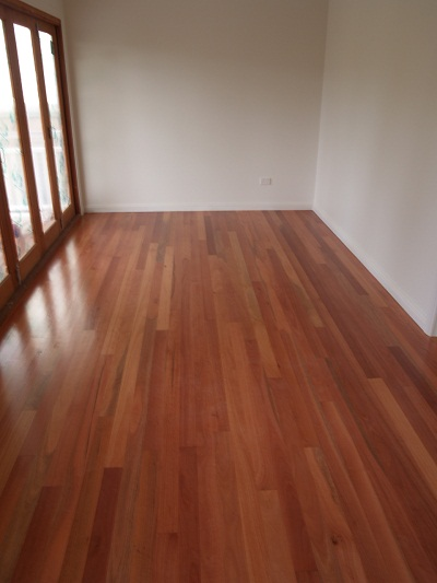 Sydney Blue Gum Contemporary Grade 60 x 19mm T&G